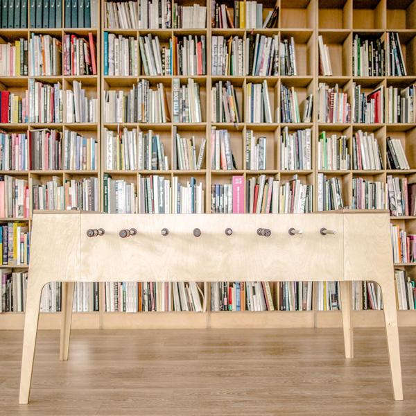 plywood foosball le baby foot de bois par slava balbek. Black Bedroom Furniture Sets. Home Design Ideas