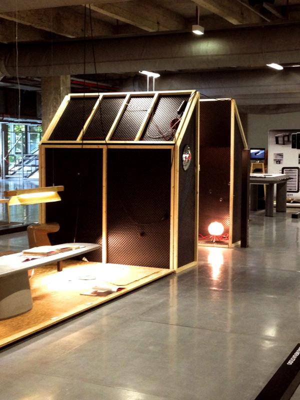 coup de coeur pdw 2013 luminaires fish tank par pierre stadelmann blog esprit design. Black Bedroom Furniture Sets. Home Design Ideas