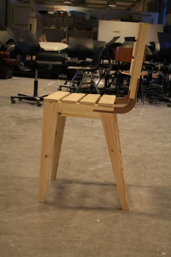 curvy la chaise en bois pas francesca barchiesi blog. Black Bedroom Furniture Sets. Home Design Ideas