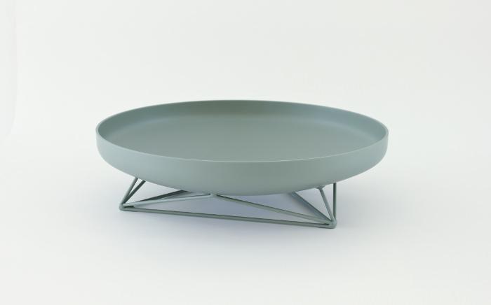 Collection Steel Vessel par Max Lipsey
