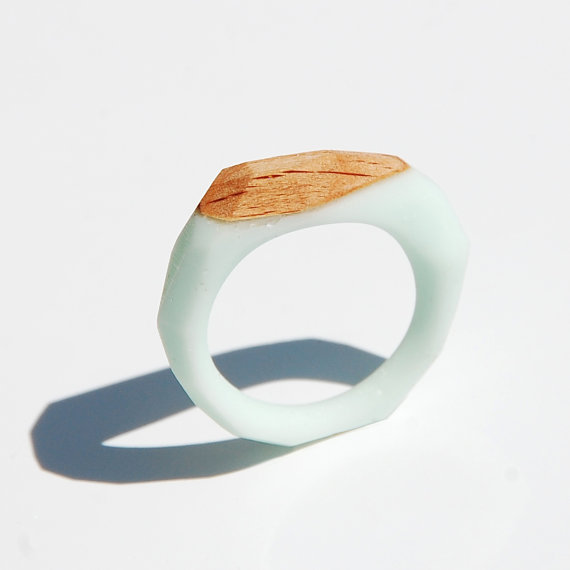 Monopolka ring de bois et résine