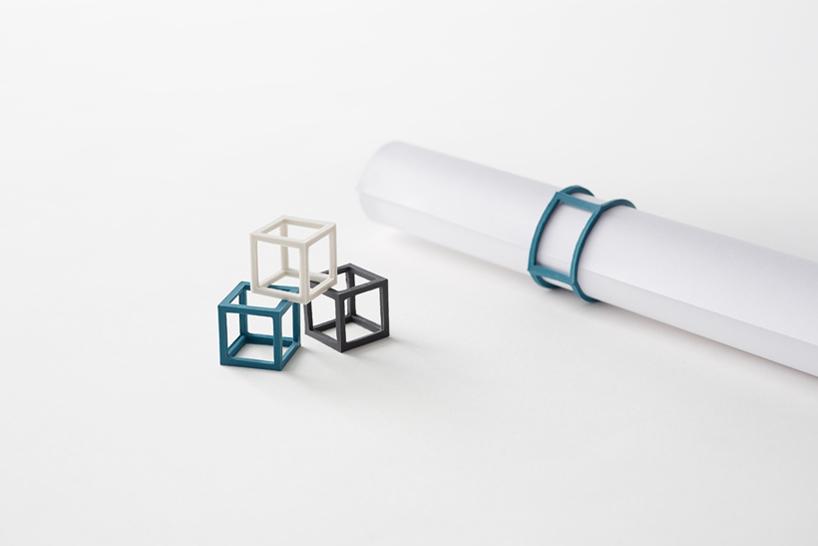 Elastique cubique par Nendo