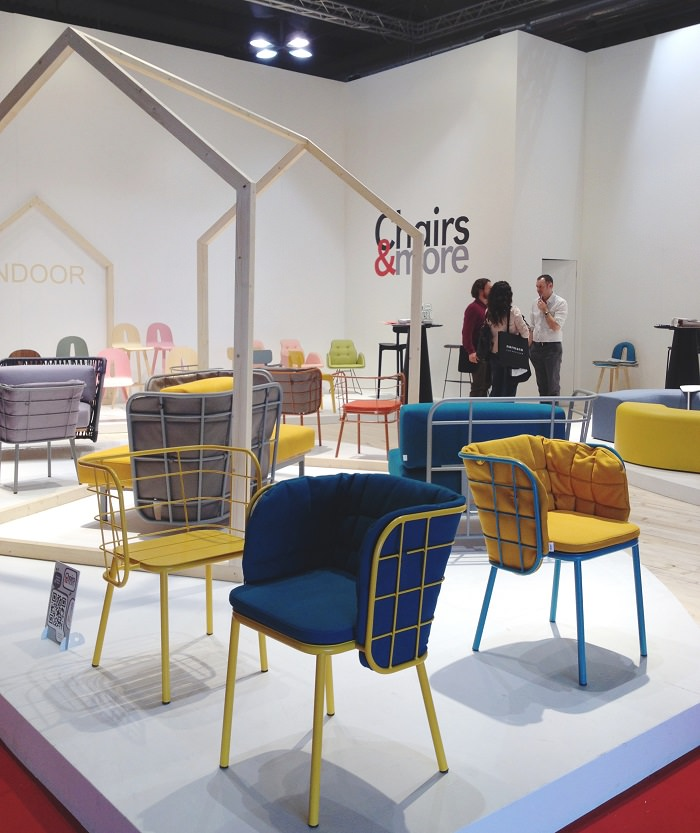 Chaises chez Chairs & More - Salone del Mobile 2014