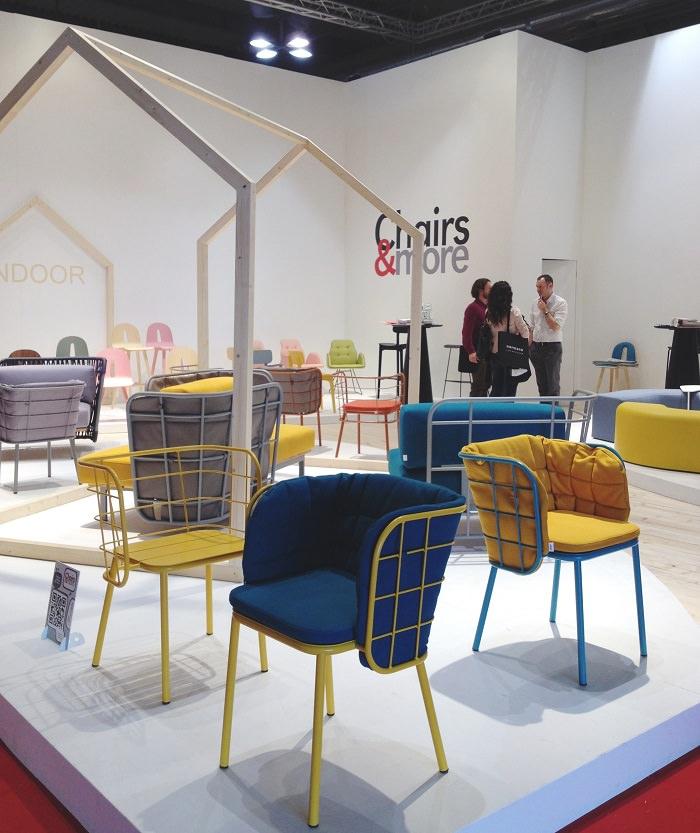 Chaises chez Chairs & More - Salone del Mobile 2014