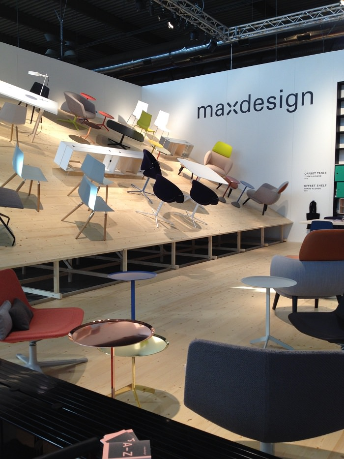 Chaises-stand MaxDesign - Milan Design Week
