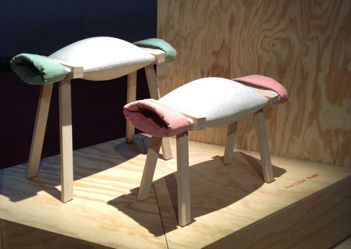 Les Fauteuils bonbon Raw Edges pour Moroso  - Milan Design Week
