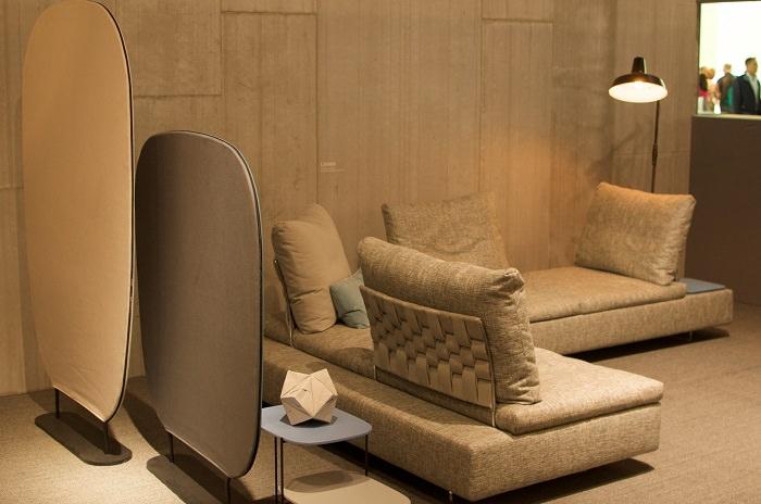Le tressage du dossier du canapé Limes chez Saba  - Milan Design Week