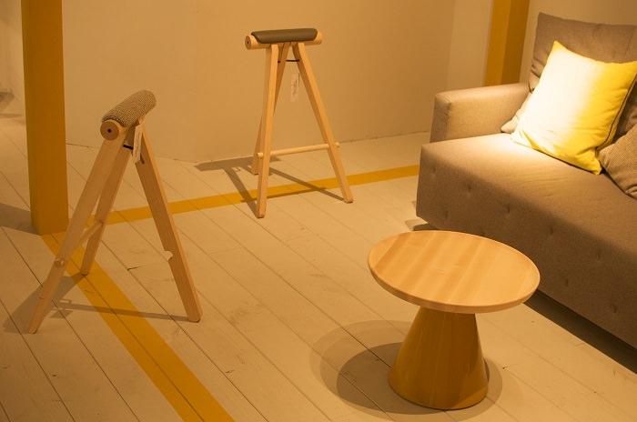 Les tabourets minimalistes chez Sancal   - Milan Design Week