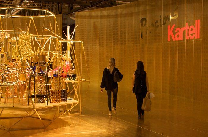 Stand doré Kartell - Milan Design Week