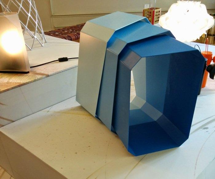 Table Abscissa par Joe Doucet - Expo American Design