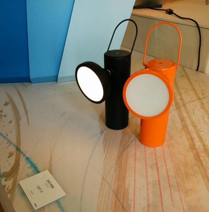 Lampe M par David Irwin - Expo American Design