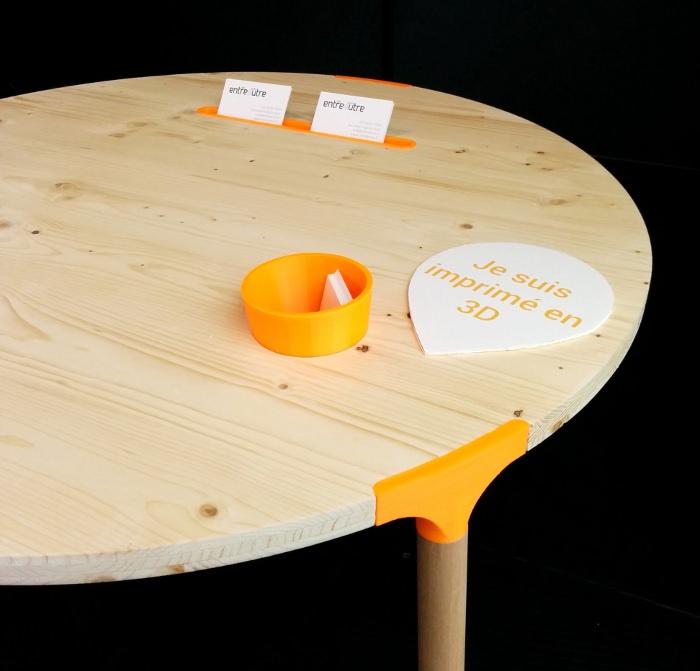 Expo 58/10 - berges de seine - table basse par entreautre à connecteurs 3D