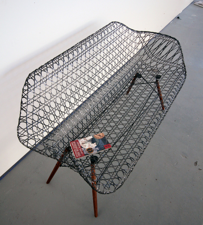 Eames de carbone par Matthew Strong