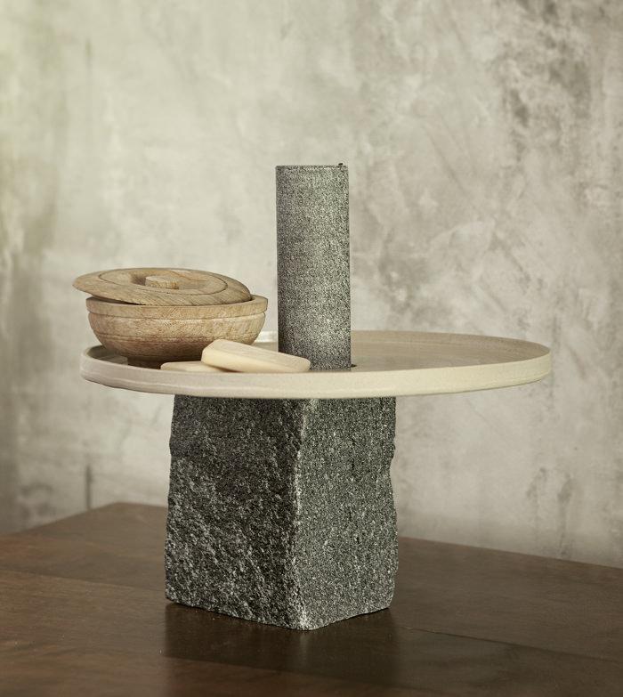 neolithic le centre de table par giulio parini bed. Black Bedroom Furniture Sets. Home Design Ideas