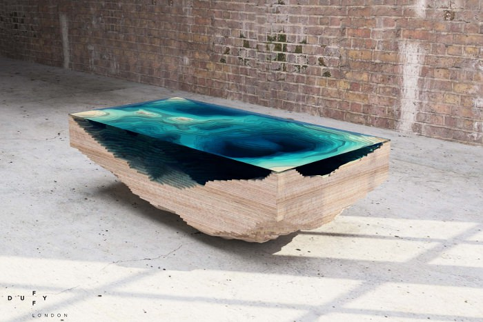 Table ABYSS explore les fonds marins par Duffy London