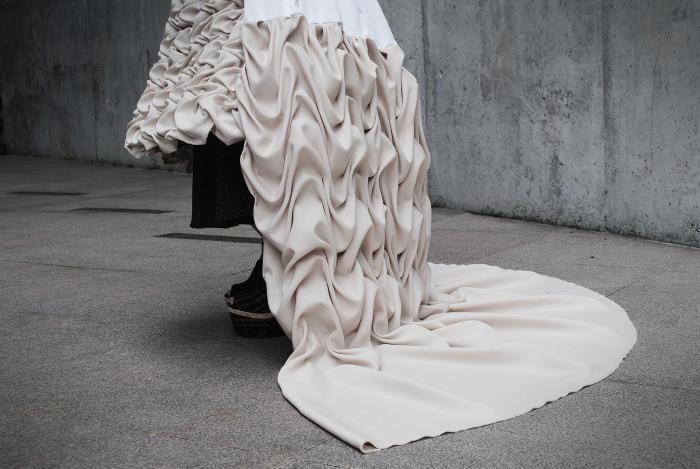 The Authentic Blog Of A La Mode Designs: Terrain Quand La Mode Rencontre Le Design