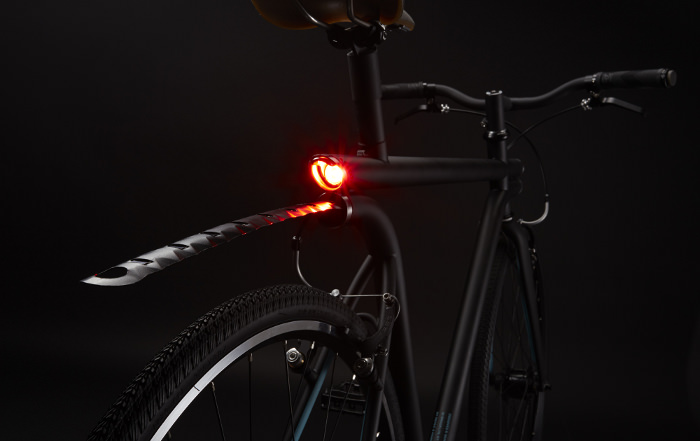 MERGE bike vélo design light feu rouge stop