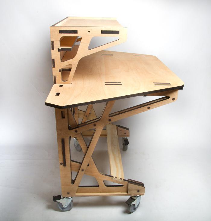 3D fabrication Desk le bureau par Peter Borges