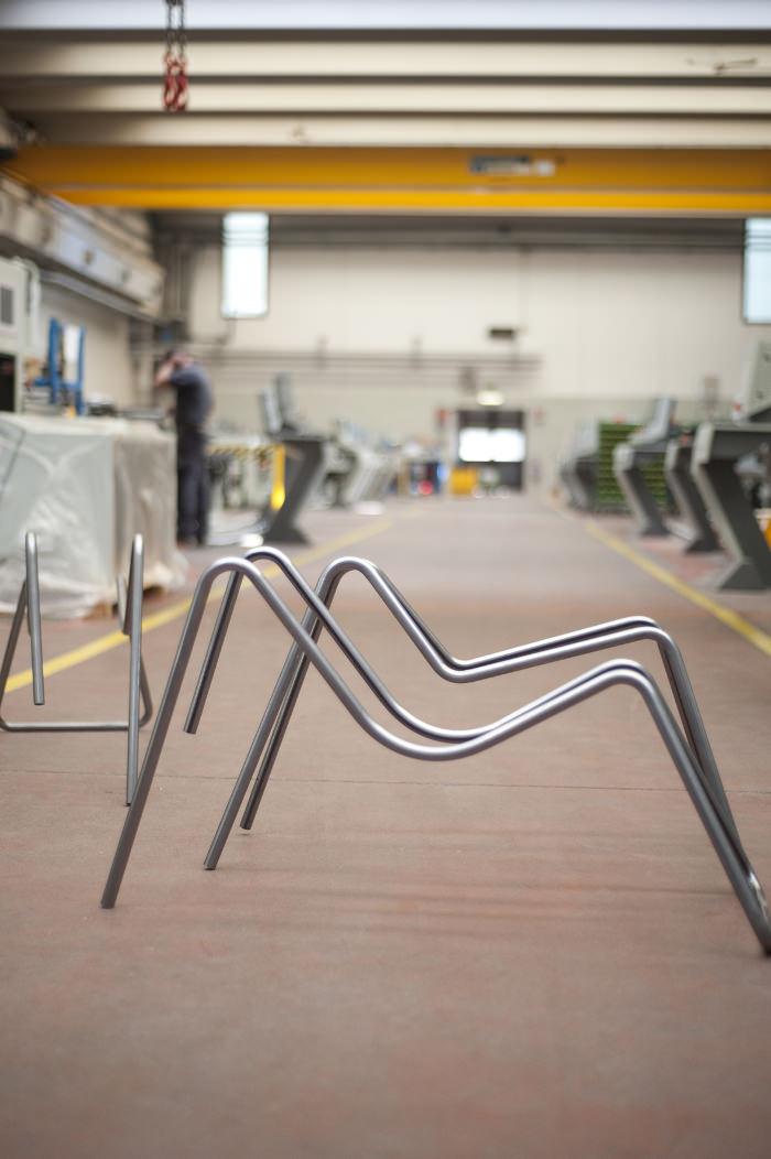 Atelier design cintrage - Steel Tube Bending la chaise tube par Thomas Feichtner