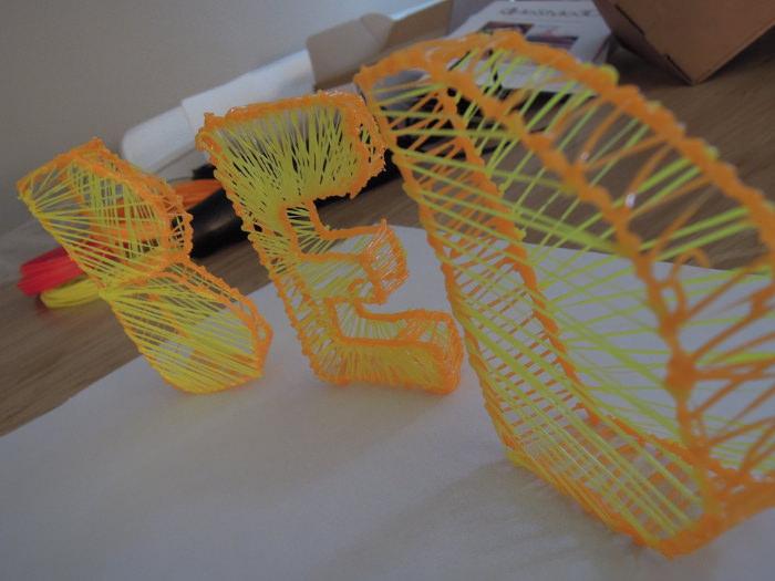 Logo BED - Test : Stylo d'impression 3D par LeStylo3D