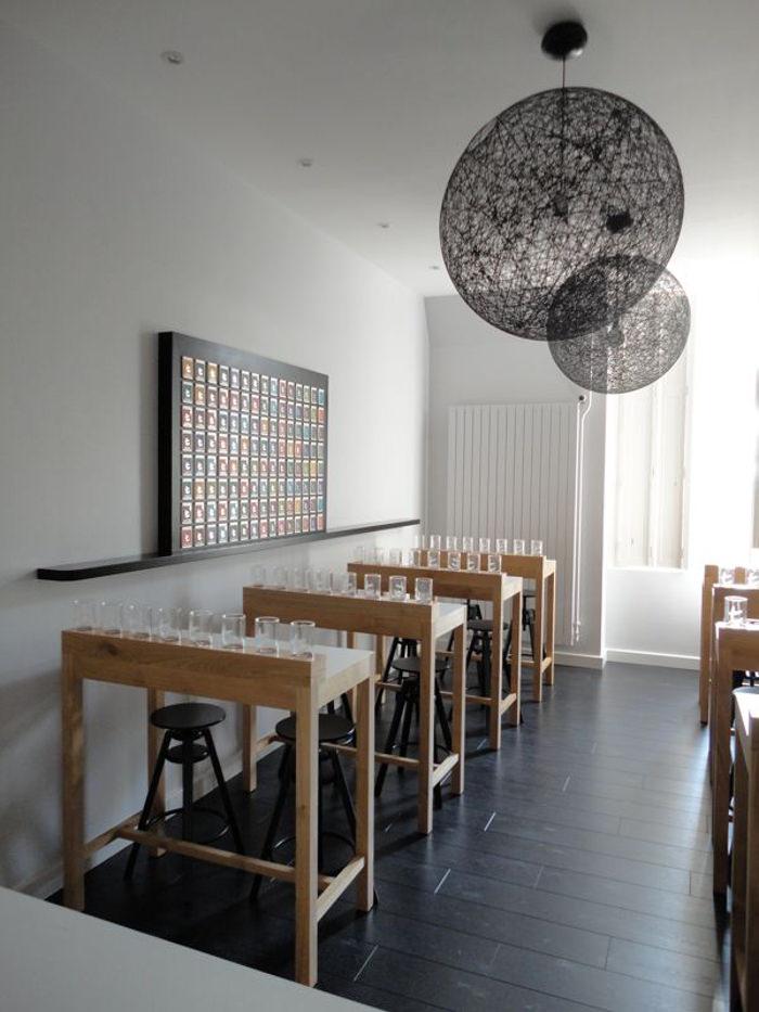 Tea room de l'institut Paul Bocuse // Edouard Larmaraud