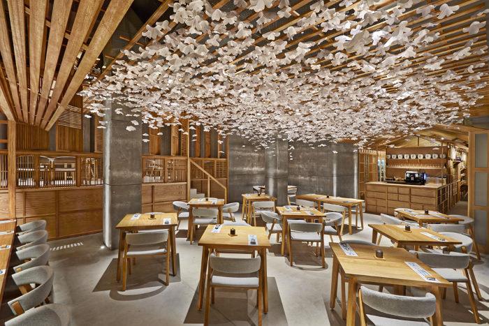 Restaurant Espagne : Nozomi Suhi Bar par Masquespacio