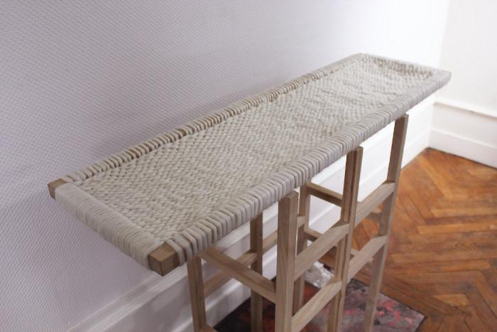 WOOL AND WOOD la console bois et laine par Amaury Poudray