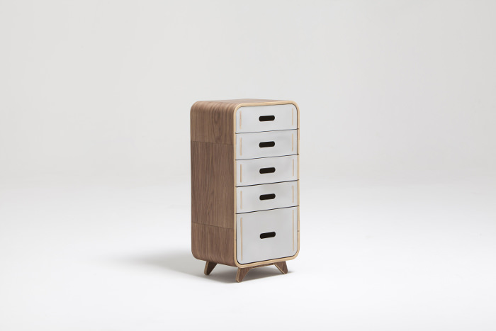 Interview : Kenny Vanden Berghe designer belge - Metal & Wood Chest of Drawers