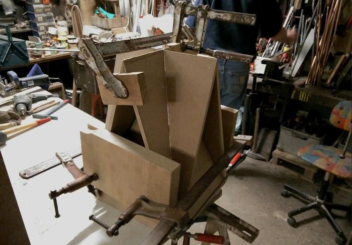 Atelier fabrication - Stool Concept tabouret origami par Guillaume Allemon