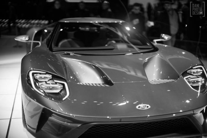 Ford - Design et Courbes Salon automobile Genève 2015