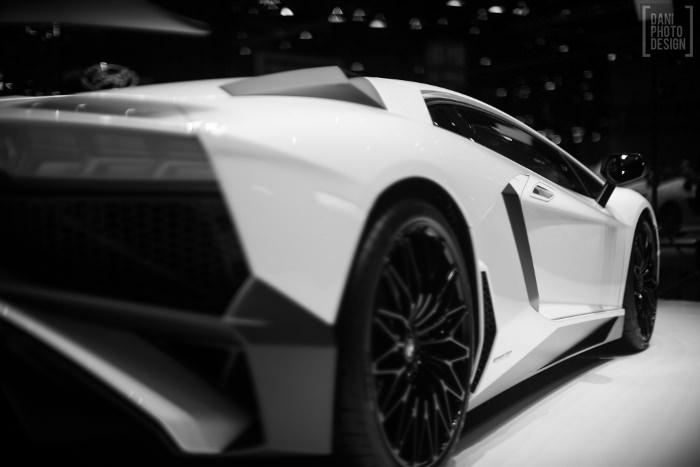 Lamborghini - Design et Courbes Salon automobile Genève 2015