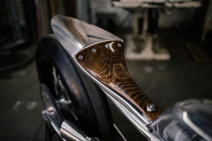 Supercharged ironhead par Hazan Motorworks