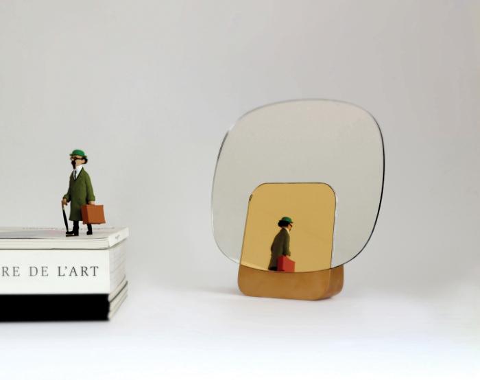 UNION miroir par le studio Desormeaux Carrette