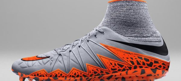 NIKE HYPERVENOM II design et performances sportives