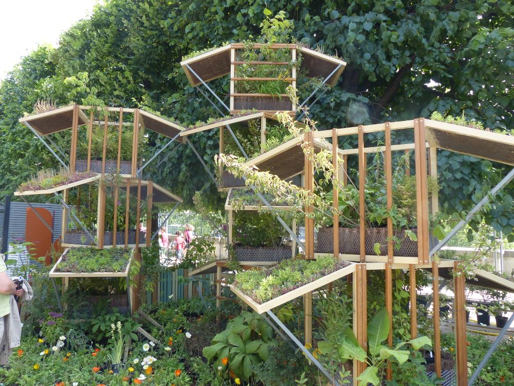 Jardins jardin 2015 flower tower ecole du breuil for A la verticale du jardin grenoble