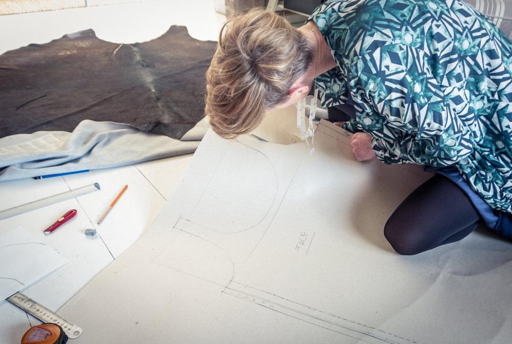 Sabrina au travail - Mode, Design et Transparence par Sabrina Lucas