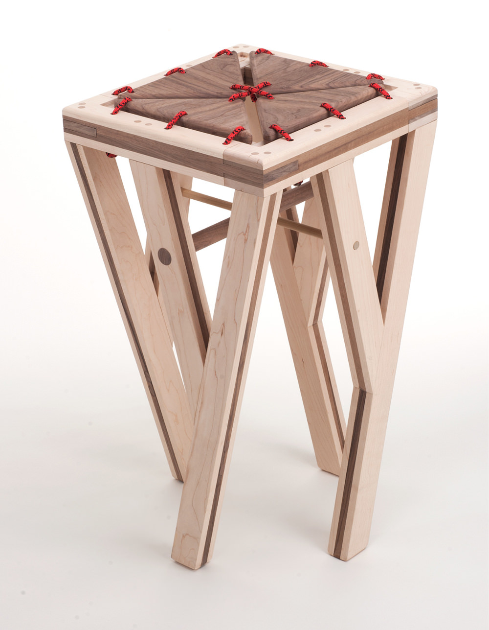 elegant tabouret en bois but with tabouret chez but. Black Bedroom Furniture Sets. Home Design Ideas