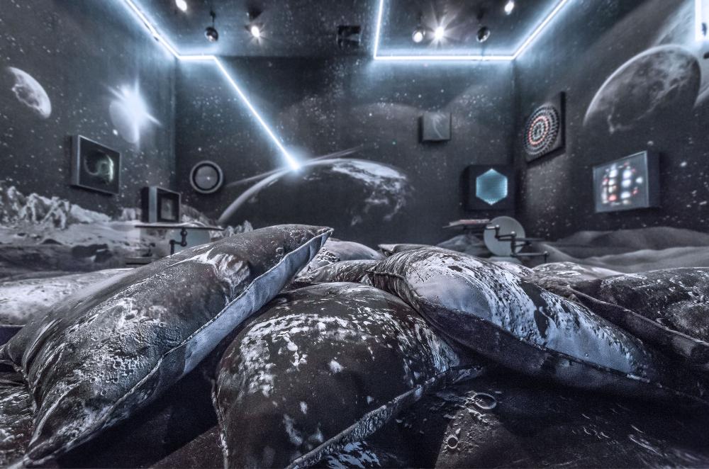 AD Intérieurs 2015 - Les Décors - Le salon de joie d'Alexandre de Betak