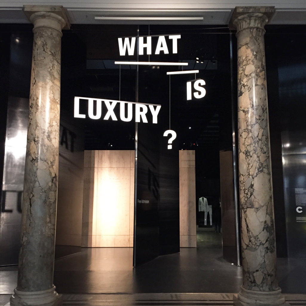 Exposition « What is Luxury ?» - Victoria & Albert Museum