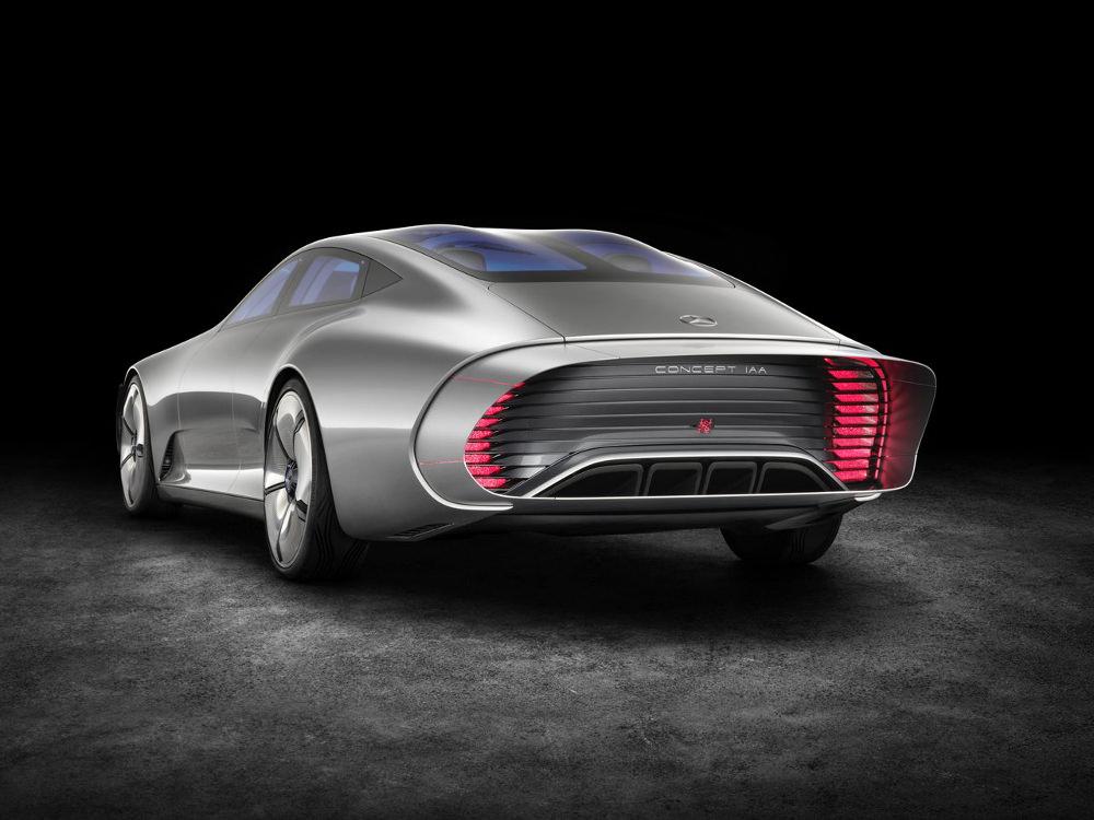 Salon de Francfort 2015 : MercedesBenz Concept IAA