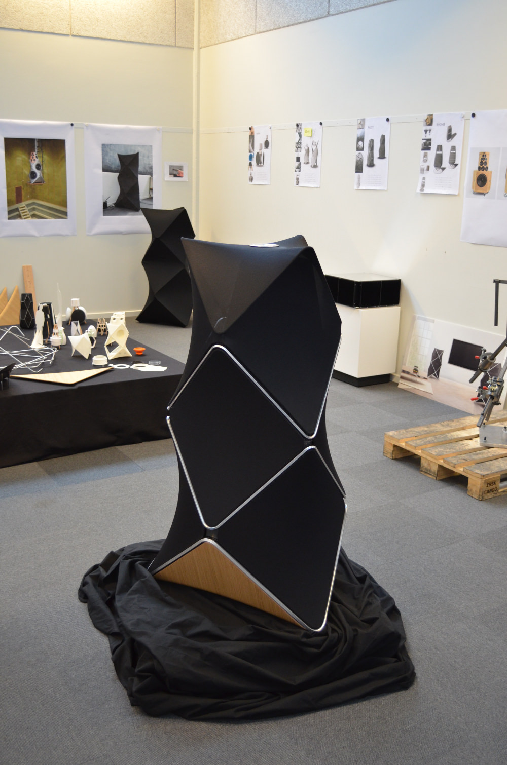 Prototype habillage BeoLab 90 speaker Bang & olufsen