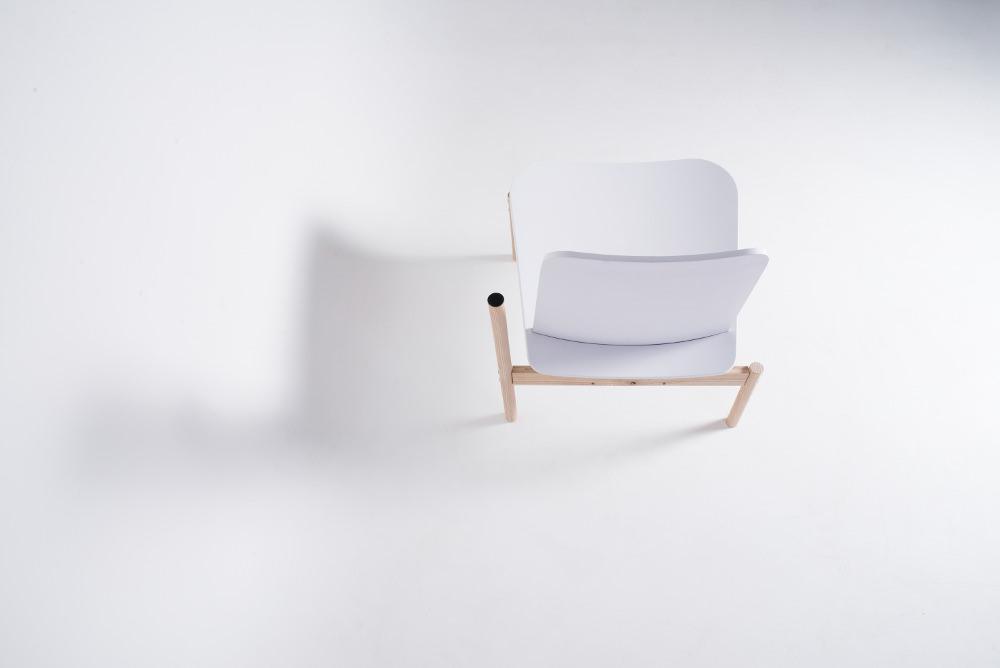 Chaise Albue building for the body par Petter Mustvedt et Sigurd Kalvik