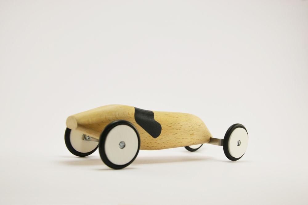 Orovof jouets en bois par Pierre Meriadec