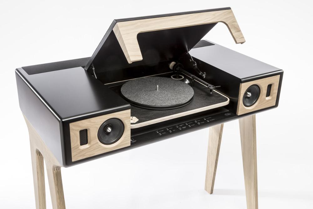 preview maison et objet lp 160 enceinte et platine par. Black Bedroom Furniture Sets. Home Design Ideas