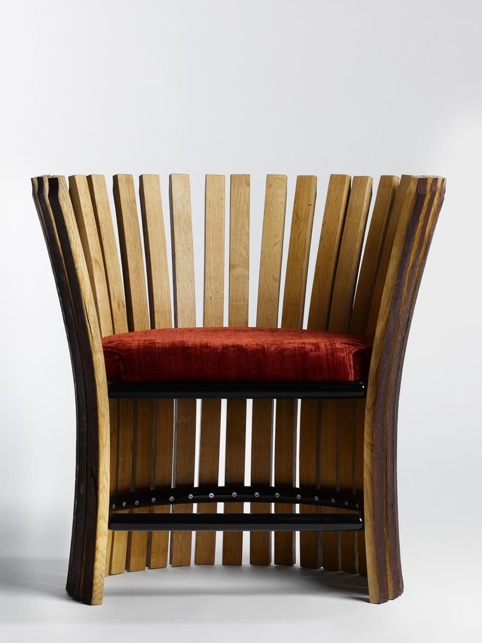 Wine & Design Collection Fauteuil par Enzo Pascual - Le fauteuil Saint-Emillion