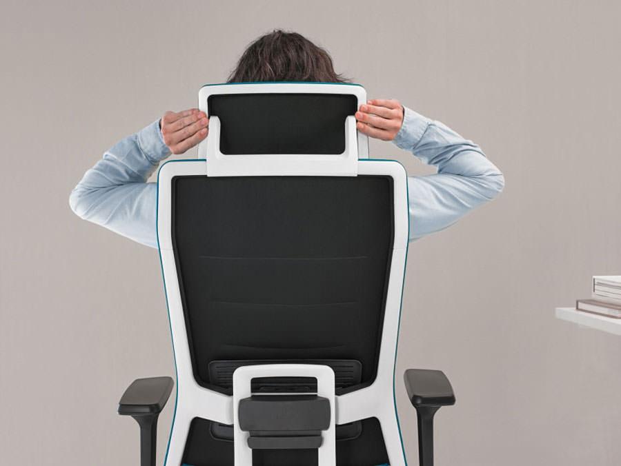 Tnk flex chaise de bureau par alegre design blog esprit design - Chaise design suisse ...
