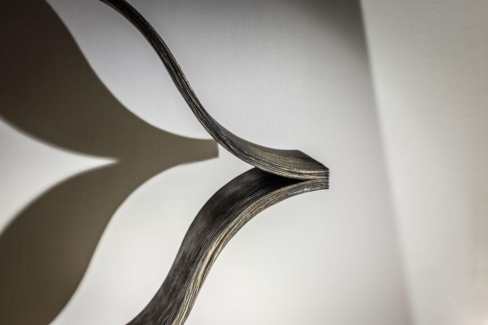 Console Onde (détails) en structure métal patiné bronze