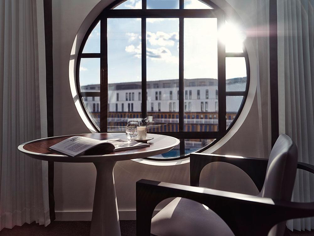 Hôtel Molitor par Jean-Philippe Nuel © B. Zaliani