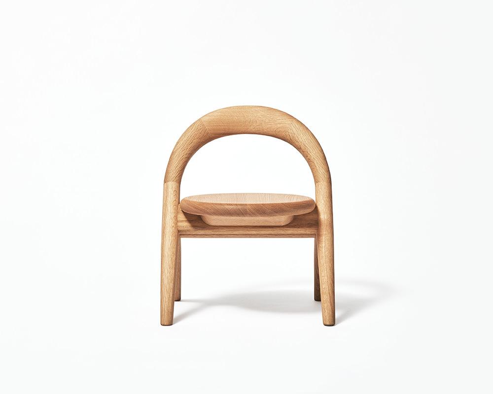 Kiminoisu, la chaise enfant de Mikiya Kobayashi