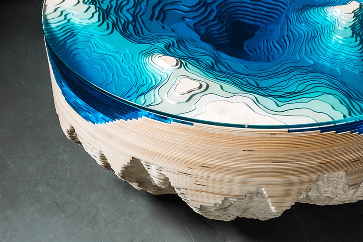 Abyss Horizon, la table basse par Duffy London